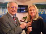 Il Presidente Carlo Borghi accoglie la nuova socia Micaela Zucconi